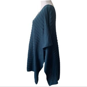 Vince Camuto Sweaters - Vince Camuto Ribbed Knit Poncho One Size Teal
